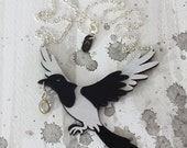 Magpie Thief Necklace - Omens Collection