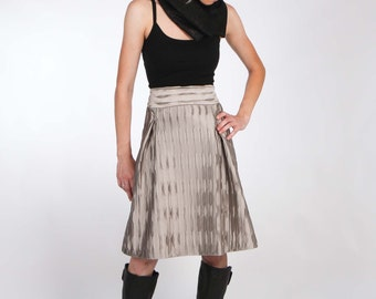 Luxurious Silver Grey Skirt with Two Pleats and Contrasting Waistband - Lined