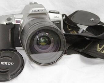 Minolta Maxxum XT si 35mm Camera - Tamron Lens 28-200mm - Case - Instructions - Working Condition - Vintage