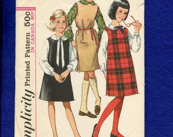 Vintage 1960's Simplicity 5077 Mid Century Girl's Jumper & Peter Pan Collar Blouse Size 14