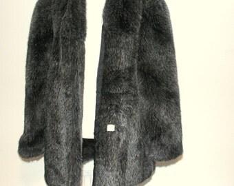 Vintage 1960's Women's Gray Black Faux Fur Coat Original Tag Attached Size LARGE