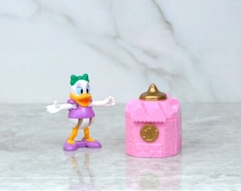 Vintage Blockbuster Exclusive Walt Disney Daisy Duck And Pink Castle Toy 1996, Walt Disney World, Blockbuster Video, Disneyland, Daisy Duck