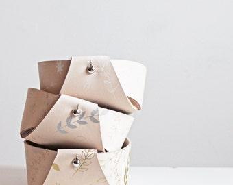 Reversible Veg Tan Leather Bowl - Floral Print