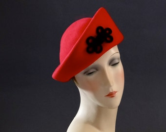Red Felt Pillbox Hat Black Soutache Braid Trim Women's 1970's Vintage Women's Accessories