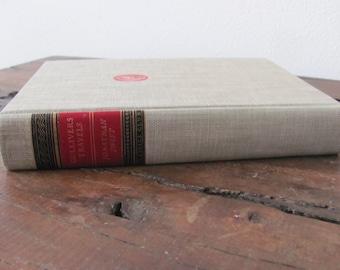 Vintage Gulliver's Travels Book