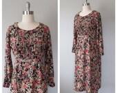 70s dark floral rayon dress size medium / vintage floral dress