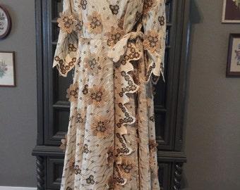 Vintage Dimensional Floral Applique Robe