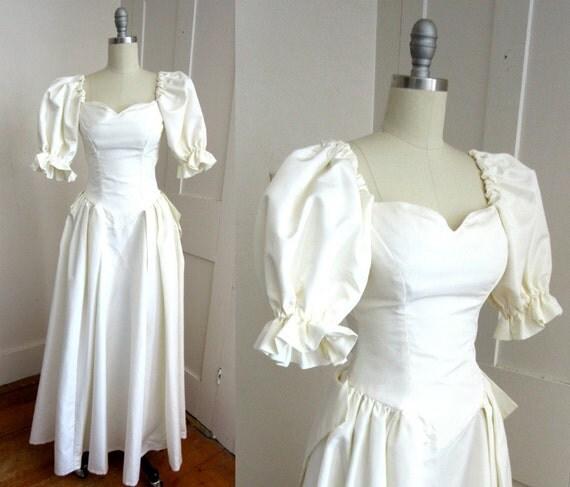 Xxs wedding dress petite white wedding gown raw silk for Puff sleeve wedding dress