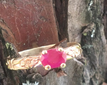 Size 7 Ruby Ring 14kt Gold.