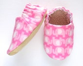 Elephant Baby Girl Shoes, Flannel Soft Sole Shoes, Flannel Baby Booties, Elephant Baby Girl Soft Shoes, Slip On Baby Shoes, Baby Girl Gift