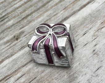 Brooch Coat Pin Silver and Purple Vintage Jewelry Estate Jewelry