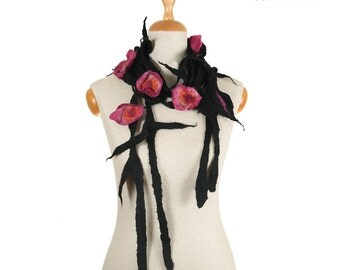 SALE!!!  felt, felted necklace, gorget, collar, jewerly - black, pink flowers and leaves - by inmano