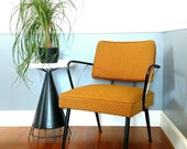 Chair / Lounge / Armchair : Upholstered Mid Century Modern Vintage