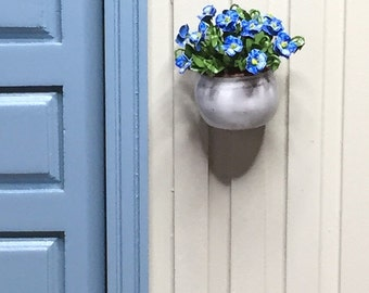 Dollhouse flowers - Blue and white pansies in a wall flower pot  - 1/12 scale miniature (GF95)