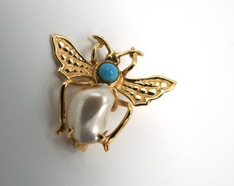Unique Horse Fly 14k Gold  Brooch With Mother Of Pearl Abdomen and Turquoise Stone Body