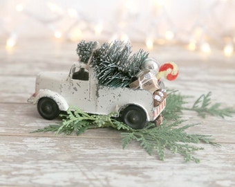 Vintage Truck and Christmas Tree, Metal Truck and Christmas Tree, White Truck Bottle Brush Tree, Country Farmhouse Christmas Decor