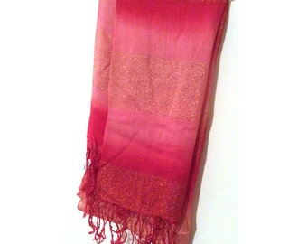 Hot pink sparkly foulard with fringes