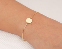 Gold Circle Bracelet Tiny Disc Bracelet Delicate Everyday Gold Filled or Sterling Silver Bracelet Simple Layering Bracelet.