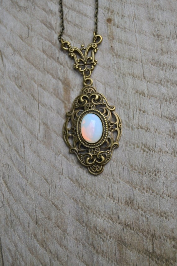 Victorian-style opalite necklace.