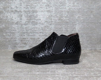 Vtg 80s Black Patent Leather Snakeskin Minimal Ankle Boots 6.5