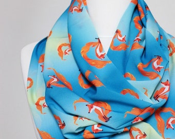 Fox pattern Infinity scarf, Circle Scarf, Loop Scarf, Scarves, Shawls, Spring Fall Winter - Summer fashion Christmas