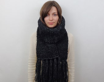 Chunky Knit Scarf with Fringe Wool Scarf | THE ANDES in Charcoal