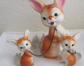 Vintage Enesco Bunny Rabitt Mom and  and babies  figurines with Chains and  fur trim**Epsteam