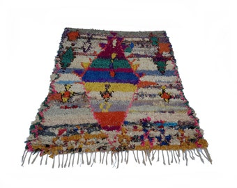 "79""X61"" Vintage Moroccan rug woven by hand from scraps of fabric / boucherouite / boucherouette"