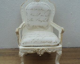 Dollhouse - Miniature - French Parlor chair