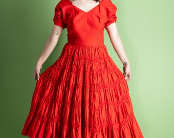 Vintage 1940s/50s FABULOUS fiery red ruffle skirt dress / flamenco / cha cha / Valentine's / gathered sleeves / pointed neckline / size XS