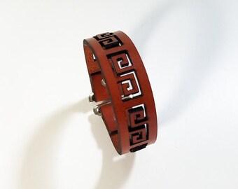 Greek Key Bracelet in leather with adjustable button closure, leather bracelet, leather cuff bracelet, leather cuff, hipster, mens bracelet