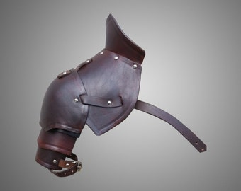 Warriors Single Pauldron - Leather Shoulder - Armor