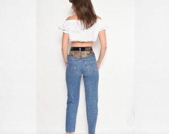 Vintage 90's High Waisted Tapered Leg Jeans / Blue Denim Jeans / Skinny Jeans - Size Extra Small