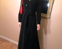 Vintage 1960s Black Velvet Maxi Coat. Mod Hippie Trench Saks Fifth Avenue. Carnaby St. Penny Lane Hipster Jacket. Steampunk Cosplay Goth. XS