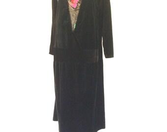 1920s Plus-Size Black Velvet Drop-Waist Dress Sz. L/XL