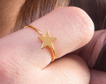 Gold star ring, Solid gold star, K 14 star ring, Minimal star ring, Geometric jewelry, Everyday jewelry
