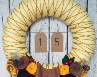 Yarn Felt Christmas Wreath Door Decoration- Autumnal Advent Calender - Gold and Brown