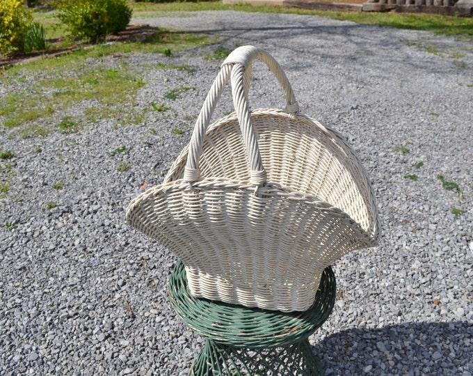 Vintage Wicker Basket White Storage Bin Yarn Craft Project Cottage Home Decor Flower Girl Wedding PanchosPorch