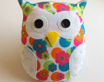Flora the Owl PDF Sewing Pattern and Tutorial, Instant Download, Easy Step-by-Step Instructions