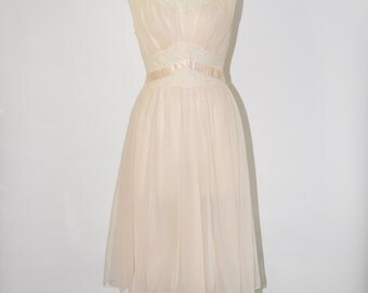 60s ballerina pink negligee / pale pink lace trim nightie / 1960s chiffon nightgown
