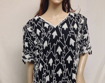 Laurence Kazar ,beaded top,XL ,Beaded, Top, Black ,White, Beads