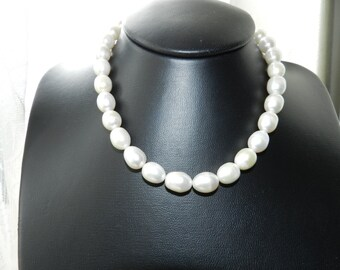 925 silver with Large white freshwater Pearl necklace