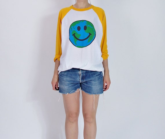SALE 40% OFF - Old School Smiley Earth Global Team Longsleeve / Size xl or baggy