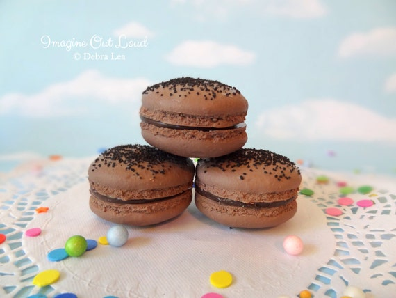 FAUX MACARON Set Chocolate Crumb