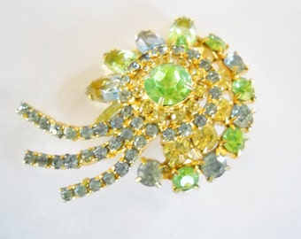 Vintage Brooch Juliana D & E Style Blue Green Yellow Pastel Rhinestones Layered Flower Cluster Hollywood Regency Mid Century