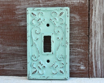 Light Switch Cover, Single Light Switch Plate, Lightswitch Plate Cover, Cast Iron Metal Fleur de lis Switchplate cover, Wall Decor Accent