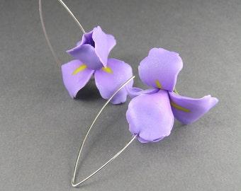 Iris flower earrings, light purple earrings, flower dangle earrings, floral jewelry, polymer clay jewelry