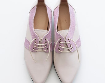 pink shoes, flat oxfords shoes, Women shoes, bridesmaid shoes, Two tone shoes, pointy shoes, Pink oxfords, tie shoes, pointy toe, sparkly