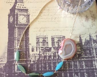 Summer resort necklace