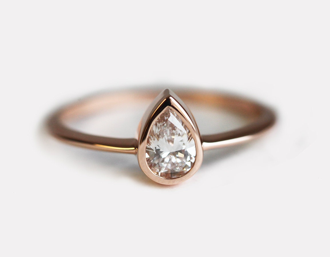 pear engagement ring gold ring wedding